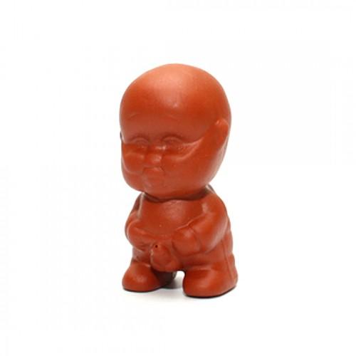 Глиняная Игрушка для Чайной Церемонии Писающий Мальчик (без шапки) от магазина Все чаи